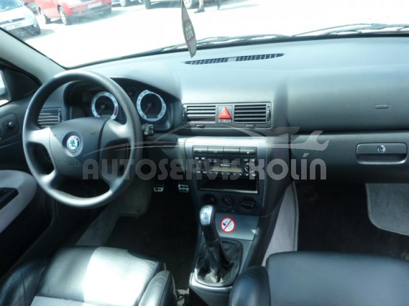 Škoda Octavia 1,8T RS - náhled 4
